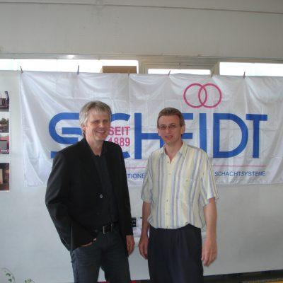 Herr Küper mit Herrn Brieskorn von der Firma Scheidt